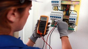 commercial-electrical-contractor-chicago-pat-testing